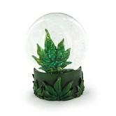 Boule de neige feuille de cannabis