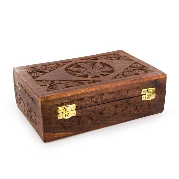 Bang en verre d licat dans une bo te en bois zamnesia - Peindre une boite en bois ...