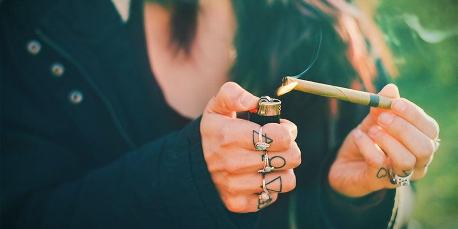 Fumer Du Cannabis Blunt