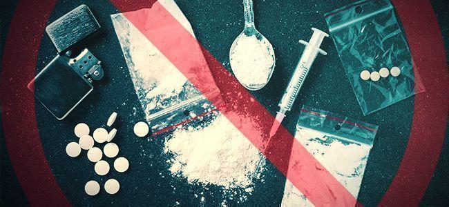 NE MÉLANGEZ PAS LES DROGUES