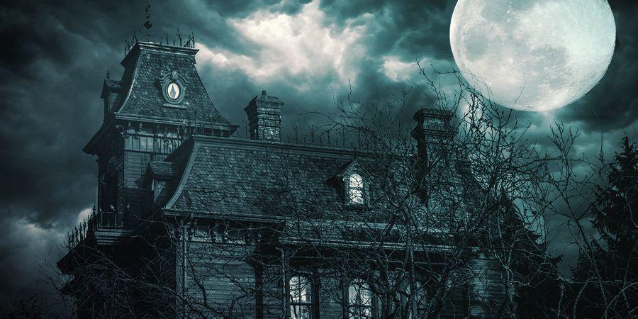 Visitez Une Maison Hantée Tout En Planant