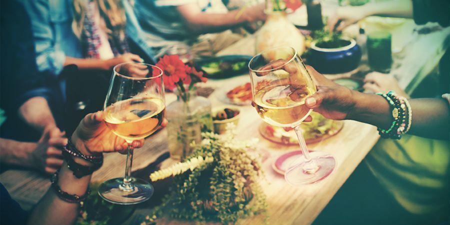Assister À Un Festival Gastronomique Et De Vin