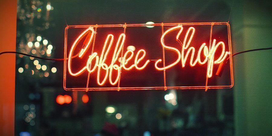 QUELS COFFEESHOPS DE QUALITÉ PRÈS DE LA FRONTIÈRE VENDENT AUX ÉTRANGERS ?