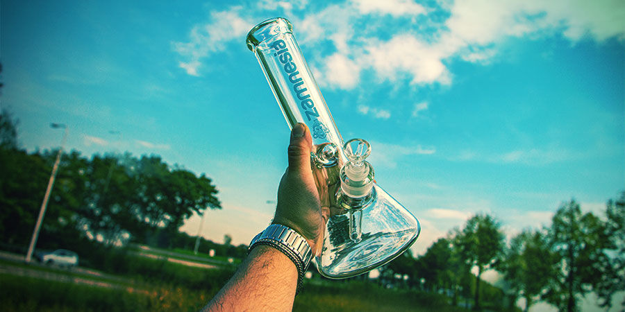 Bécher Cannabis Bang