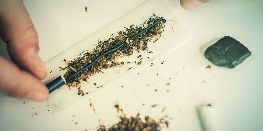 COMMENT PRÉPARER VOTRE HASCH POUR LE FUMER