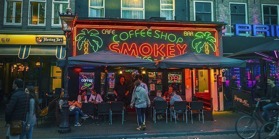 Endroits Où Fumer À Amsterdam : Les Coffeeshops