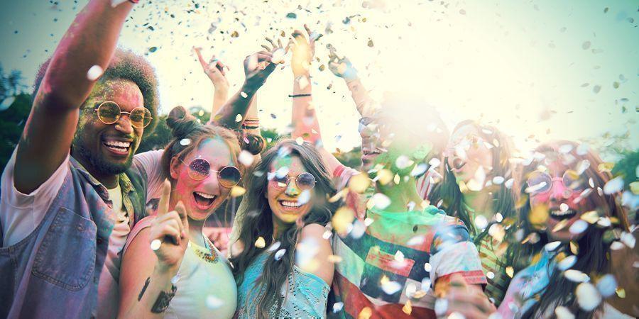 Visitez Un Des Nombreux Festivals
