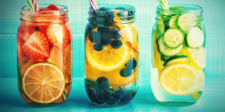 Alternatives À L'Eau Des Bongs: Eau Infusée Aux Fruits