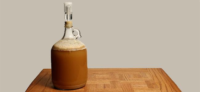 Brasser De La Bière Fermenteur