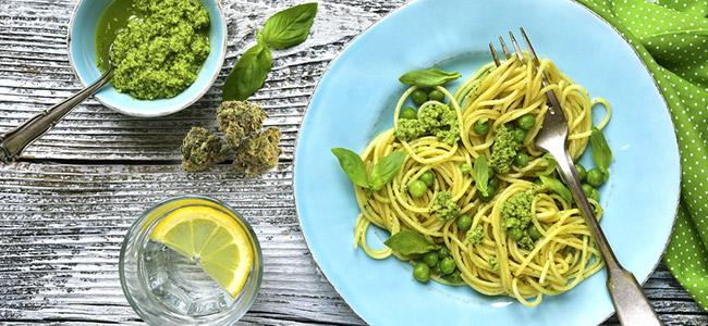 Spaghetti au pesto à la cannabis