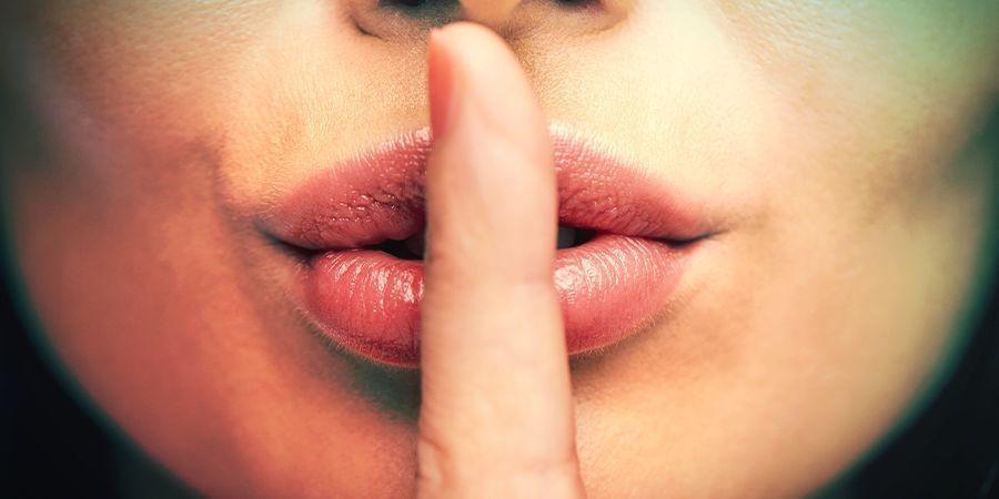 Ne Parlez Pas De Votre Secret