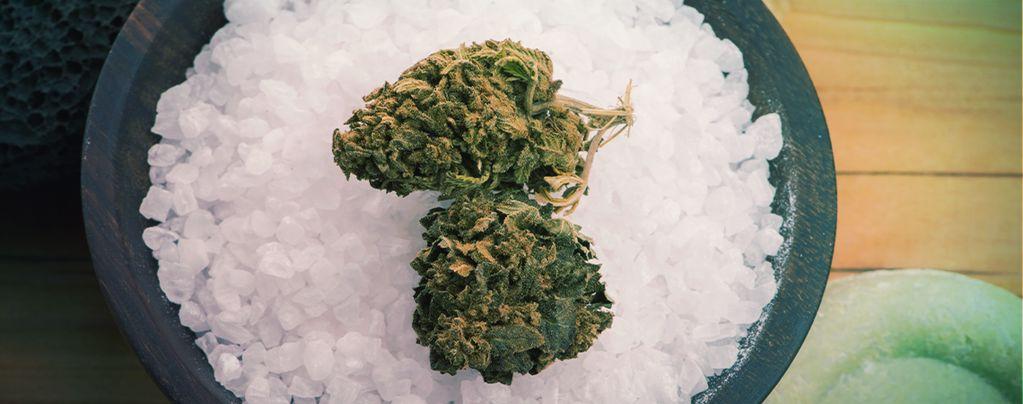 Comment Le Sel D'Epsom Peut Bénéficier À Votre Cannabis ?