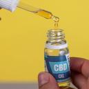 Bienfaits De L'huile De CBD: Devriez-Vous En Consommer?